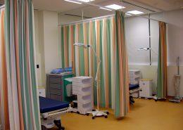 Renkli Hastane Perdesi